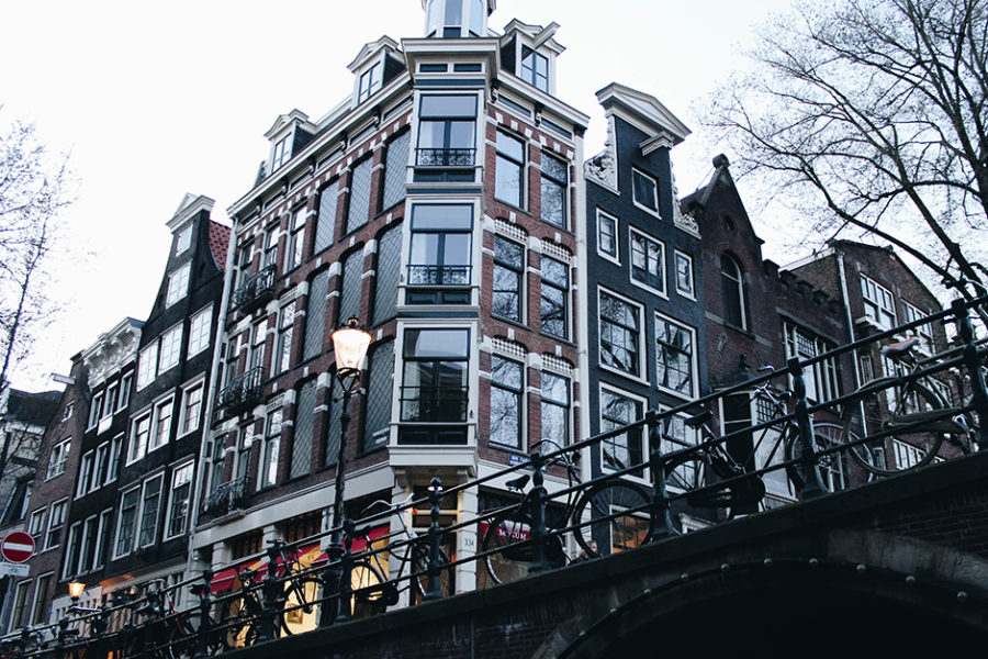 Passeio de barco em Amesterdão